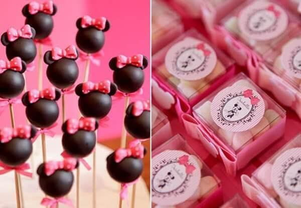 Cakepop and assorted balinhas for Minnie's party