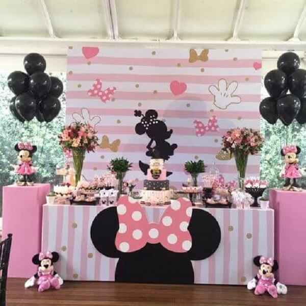 Minnie's party decoration with character fabric panel