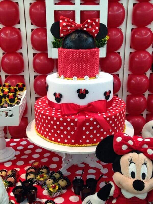 Red Minnie's party floor cake