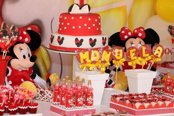Candy table with Minnie's Party theme