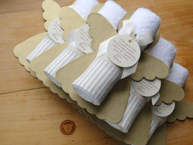 Personalized christening souvenirs