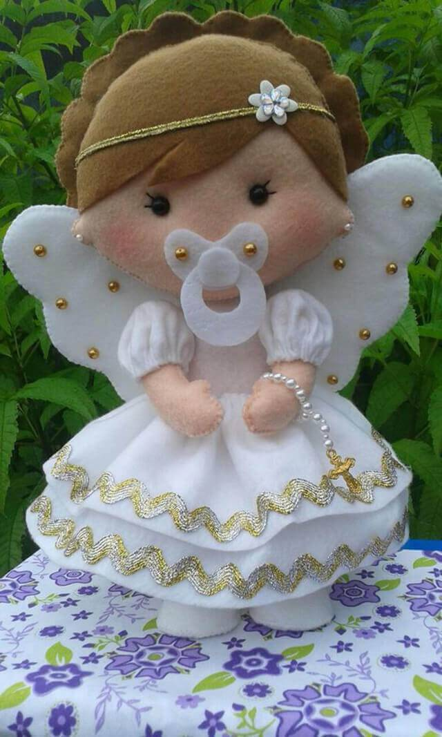 Souvenir for christening with felt