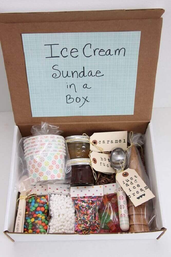 party model in simple box - Foto Fall Home decor