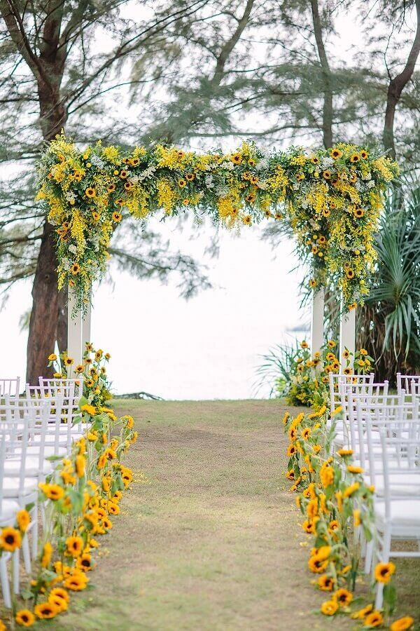 colors for wedding in the field with yellow flowers Photo WeddingTopia