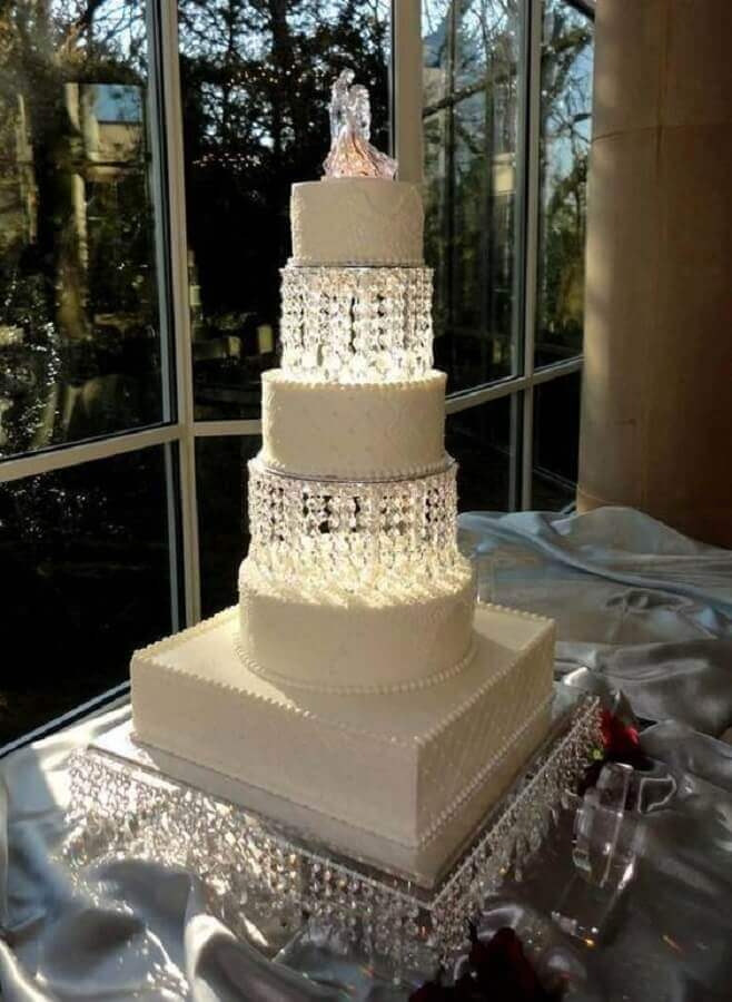 idea of decorated cake for crystal wedding Foto Pinterest