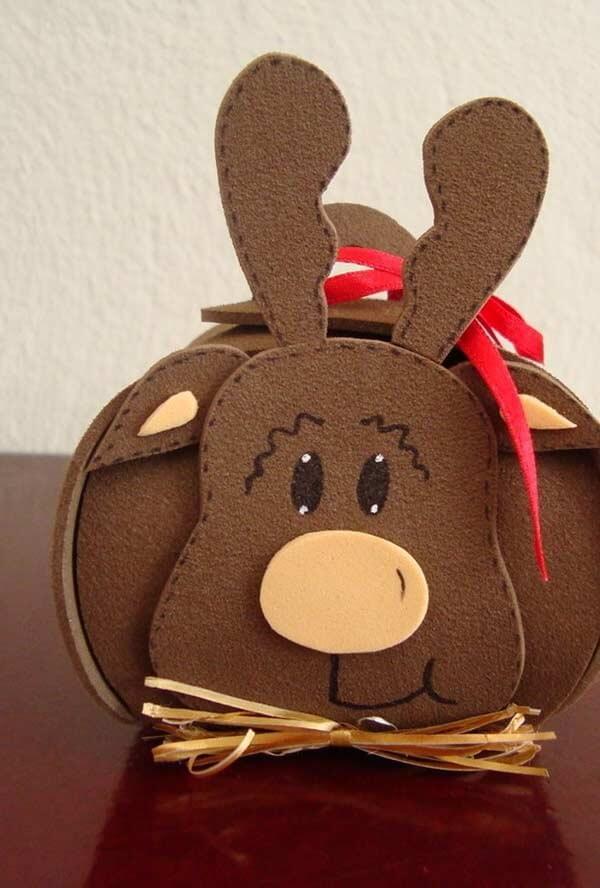 Reindeer souvenir packaging made of EVA