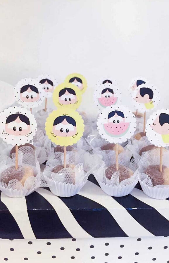 candies decorated for magali baby party Foto Pinterest