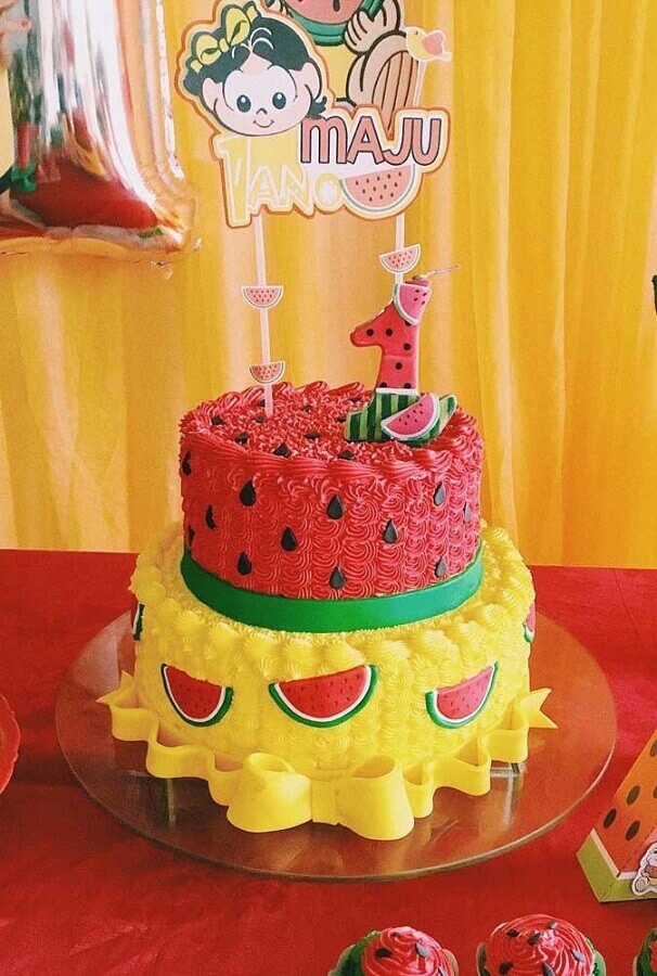 magali party with decorated cake 2 floors Foto Pinterest