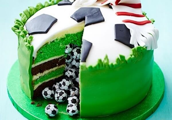Custom cakes make a hit at the football theme party
