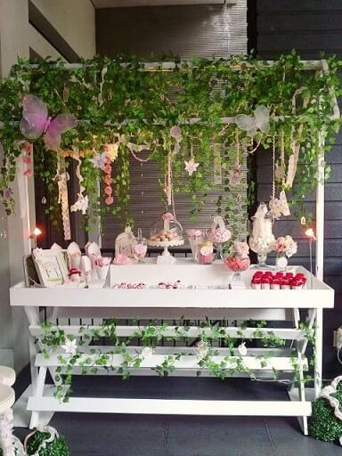 Enchanted garden party with vines Photo by Pinterest