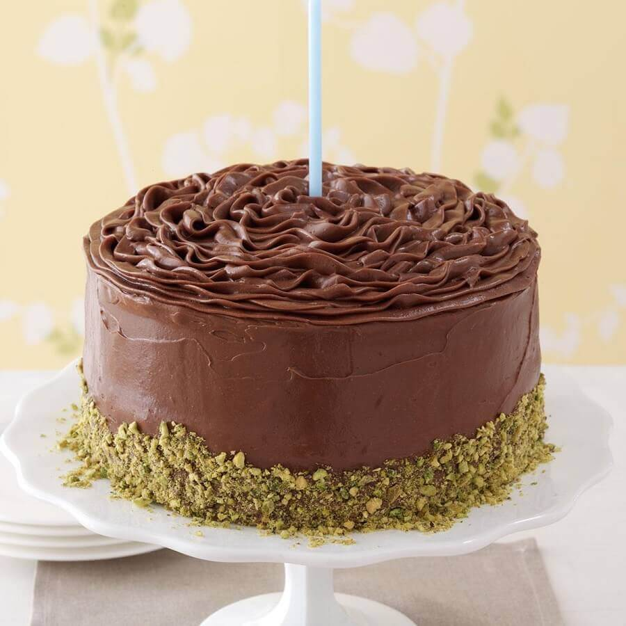 simple decorated chocolate cake Foto Pinosy