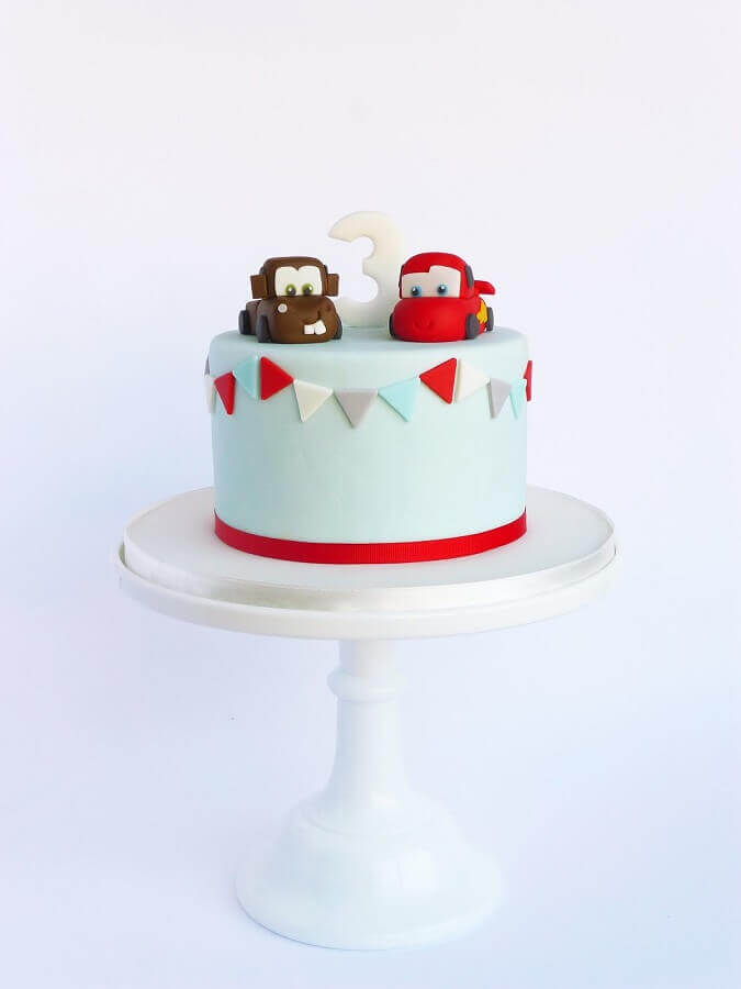 kids decorated cakes for party with car themes Foto Peace of Cake