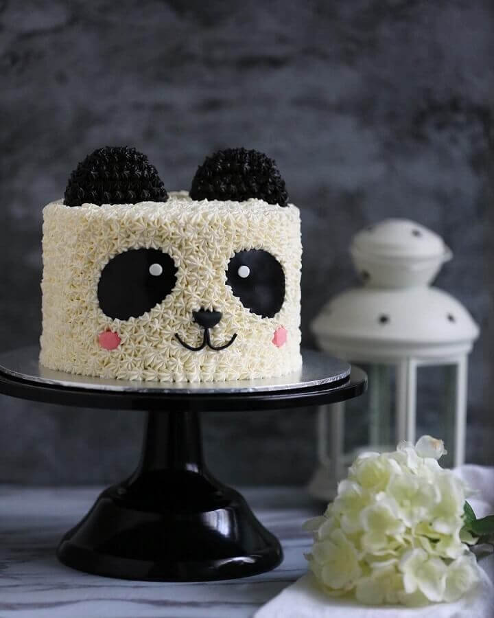 cakes decorated with panda theme Photo Lazy Cat Kitchen