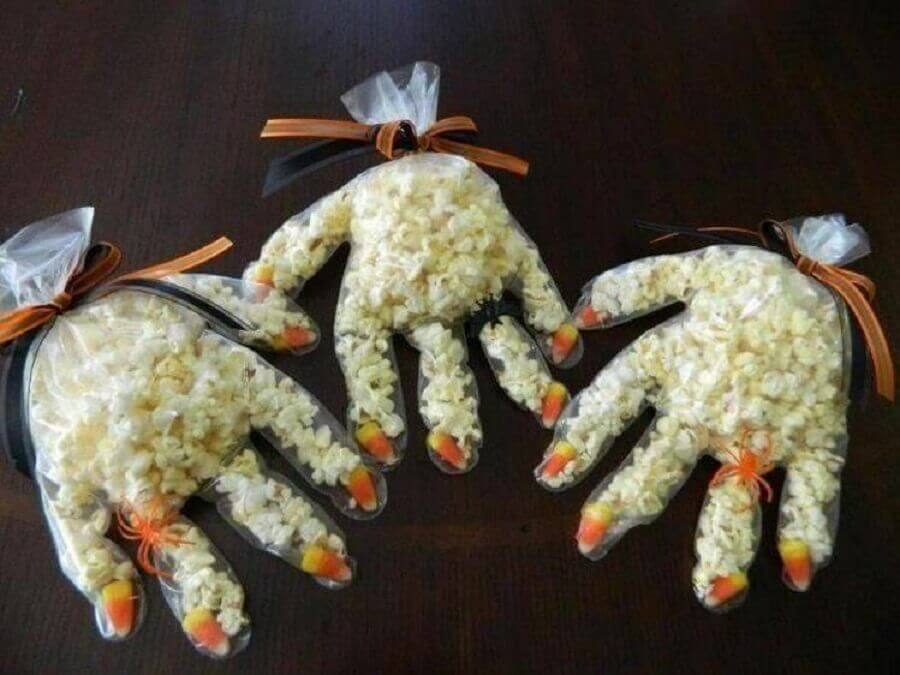 simple model of Halloween souvenirs Photo Pinterest