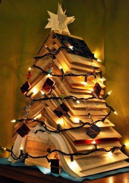 homemade Christmas tree from tumblr books