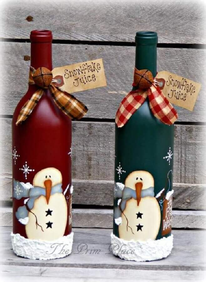 fun christmas decorated bottles Foto The Prim Place