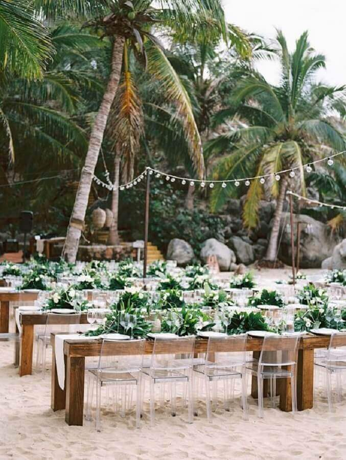 foliage arrangements for guest table at outdoor wedding parties Photo WeddingWire