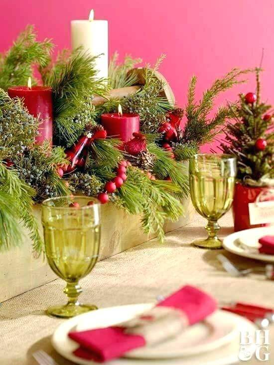Red and green Christmas table