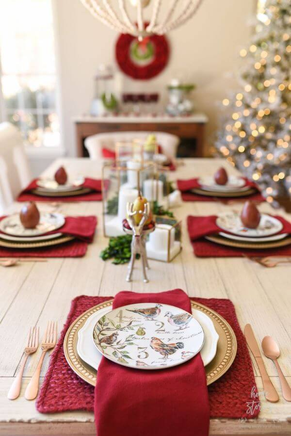 Cheap and beautiful Christmas table