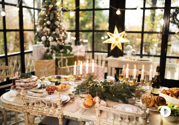 Rustic Christmas table with centerpiece