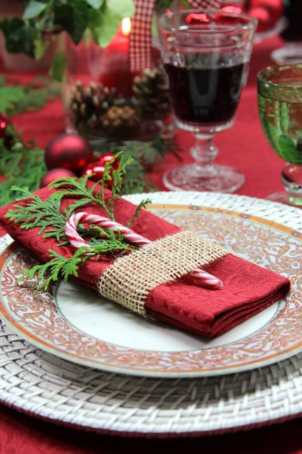 candies to decorate the Christmas table