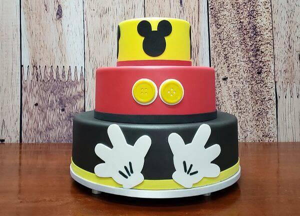 Mickey fake cake with three floors