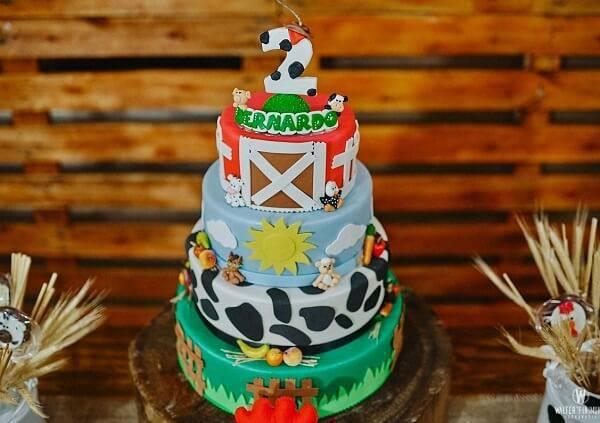 Multi-layered farm fake cake