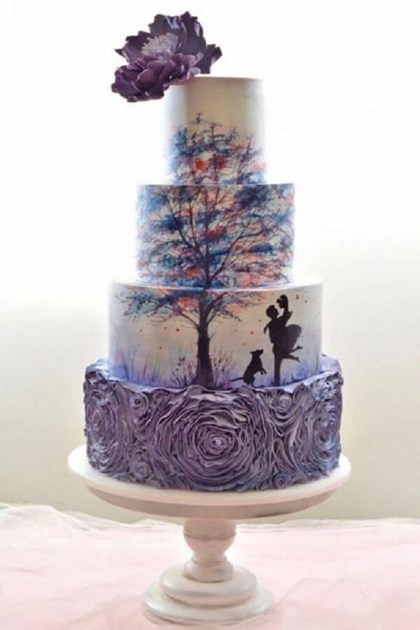 Charming fake design cake