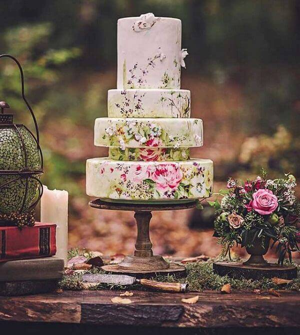 That rustic fake cake is a real work of art