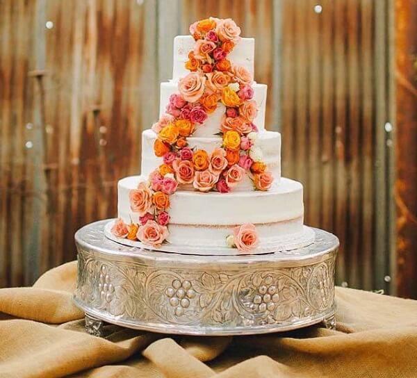 Fake wedding cake with flower finishing