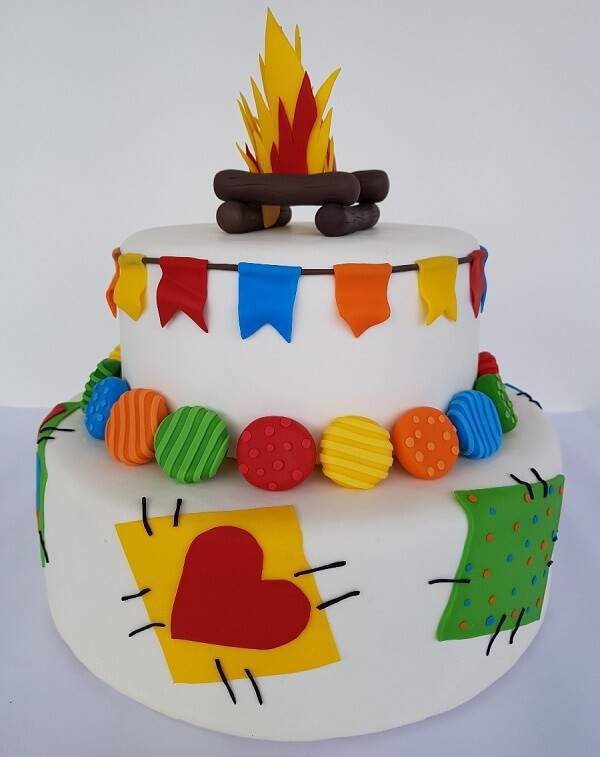 Junina fake party cake with white background and colored details