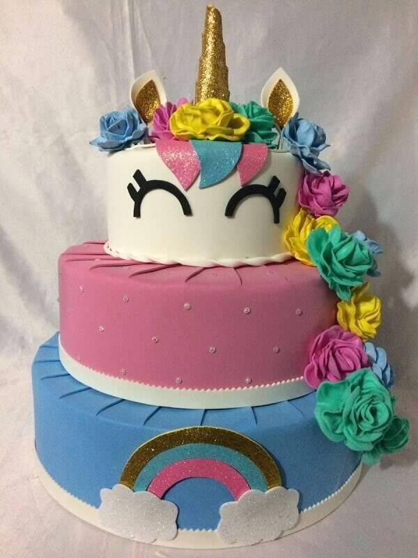 Three-storey unicorn fake cake model