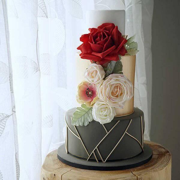 Cake fake model with modern design