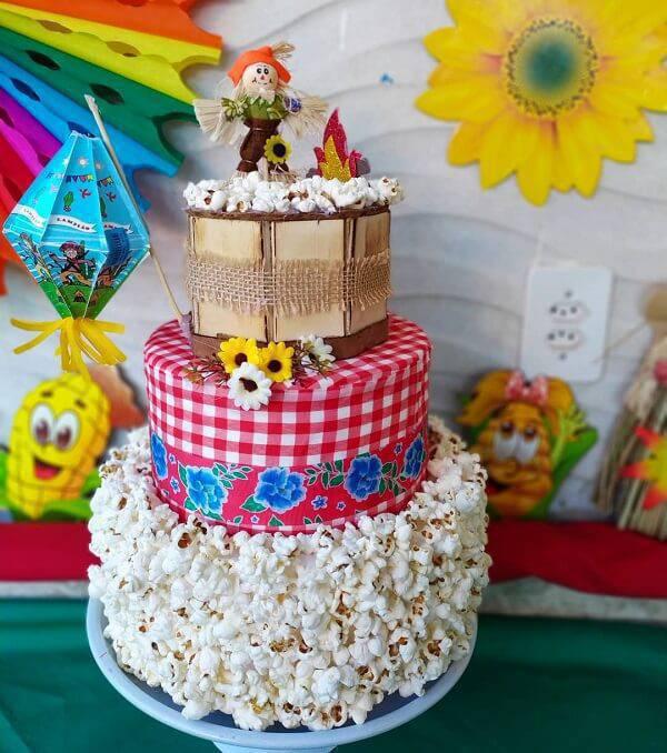 Junina fake cake model with popcorn finish
