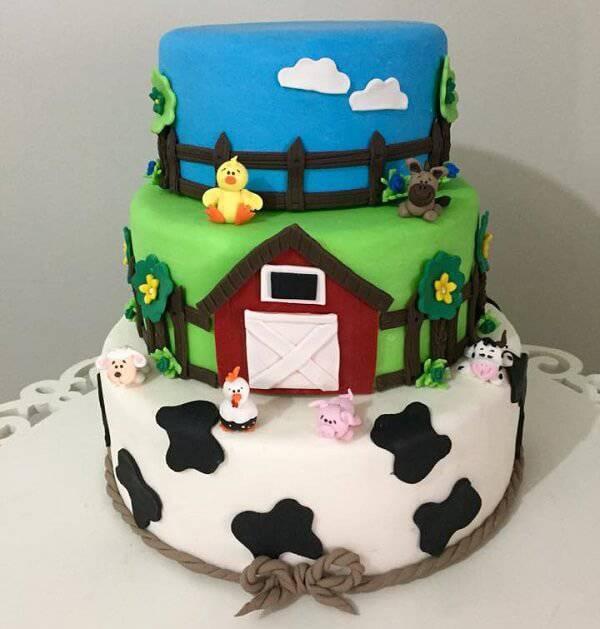 Three-story fake farm cake