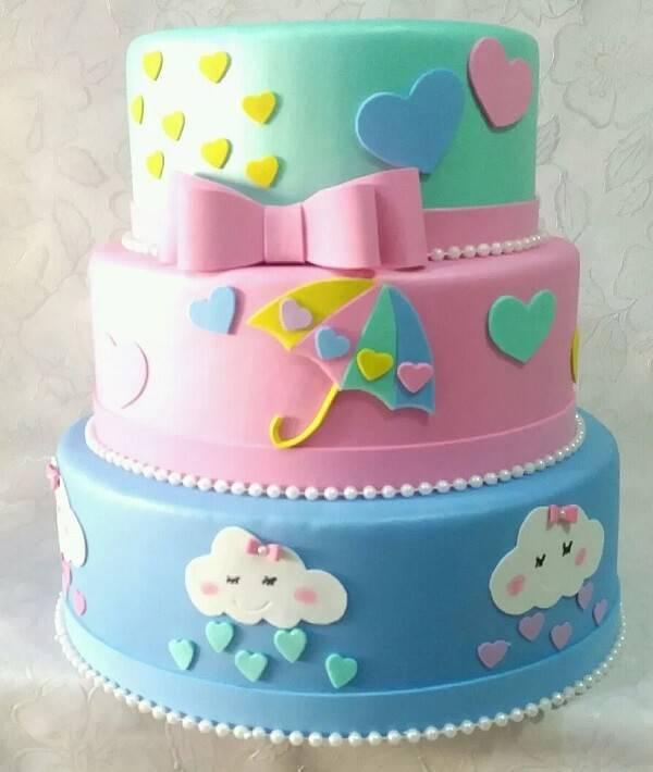 Love rain fake cake
