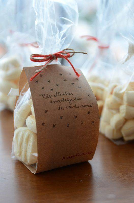 Christmas pudding with cookies