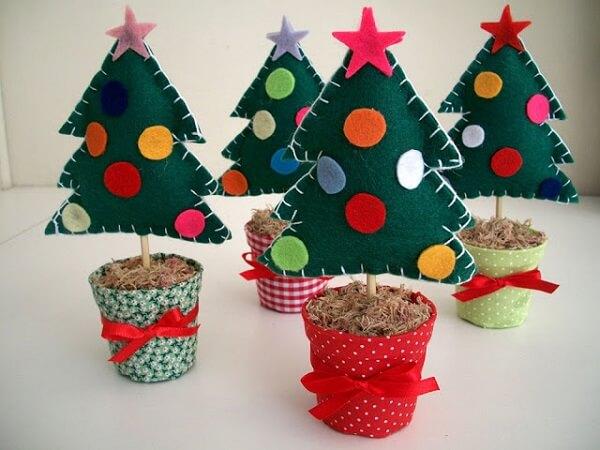 Christmas souvenir lined with felt