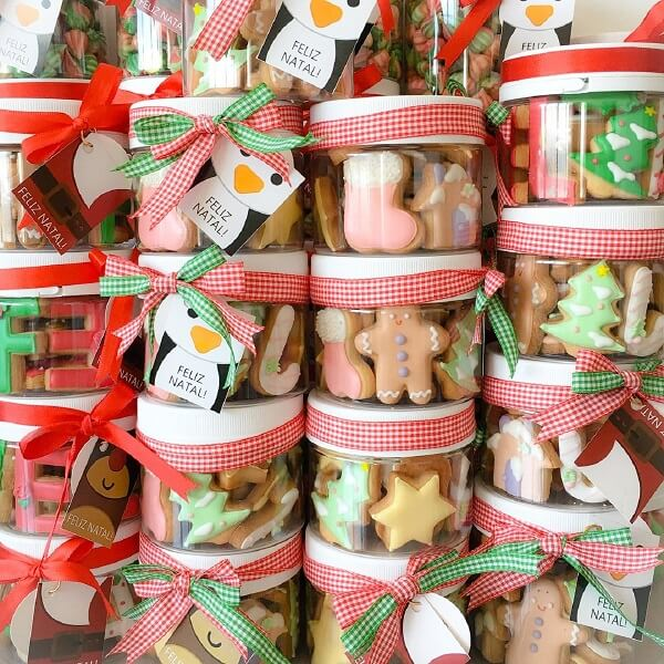 Potties with cookies as a Christmas souvenir