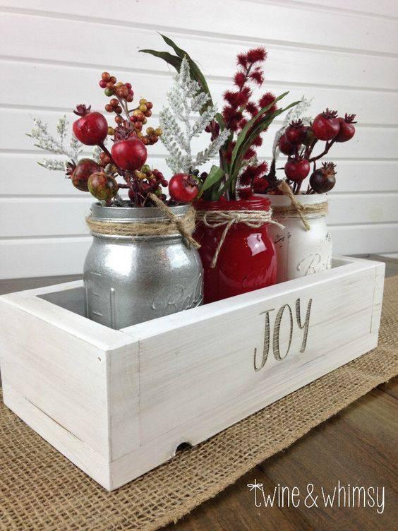 Christmas souvenir arrangements