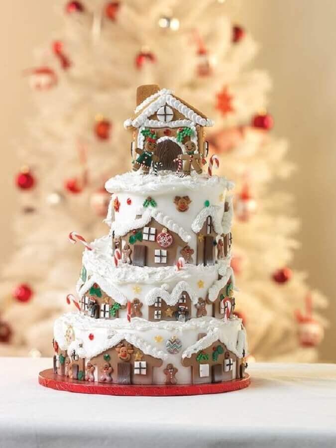 Christmas cake decorated with american paste Photo CakesDecor