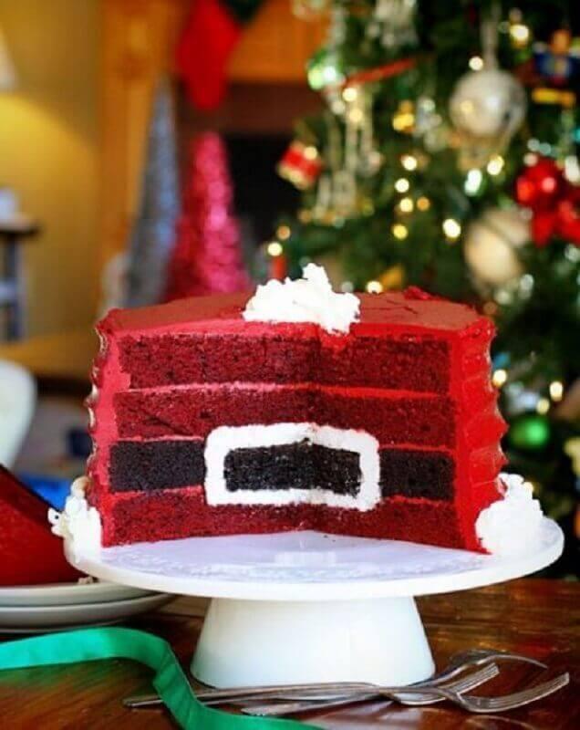 Christmas cake decorated inside Photo Live It Beautiful