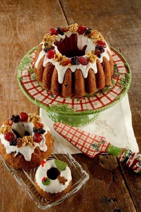 simple christmas cake decorated with candied fruit Photo Let's Receive