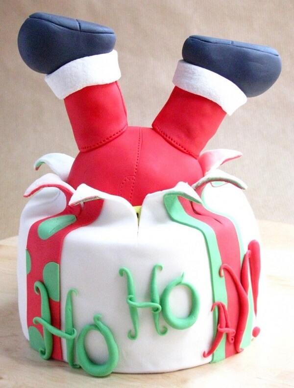 Cute and creative Christmas cake model