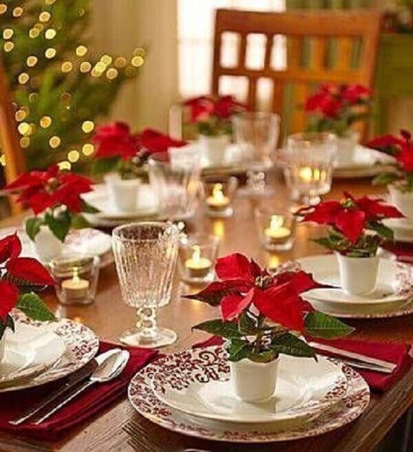 Christmas flower table arrangement