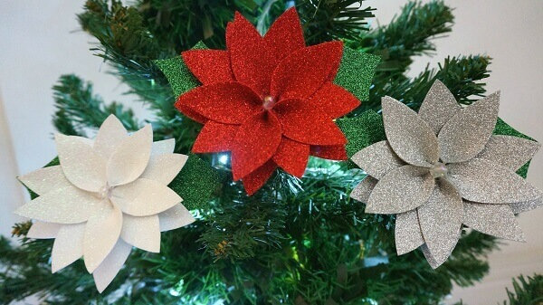 EVA Christmas flower in white and red