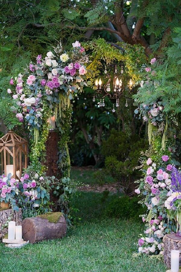 Charming entrance to the enchanted garden party