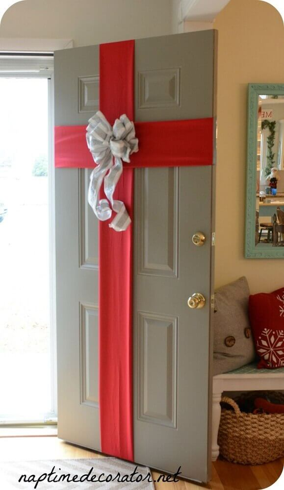 Different model of Christmas decoration for door