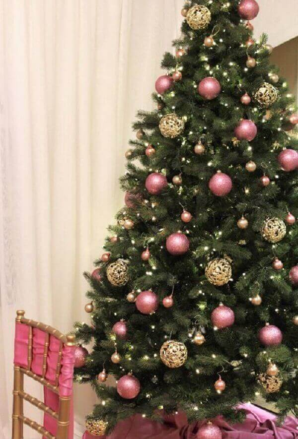 Christmas pine with pink ornaments and balls