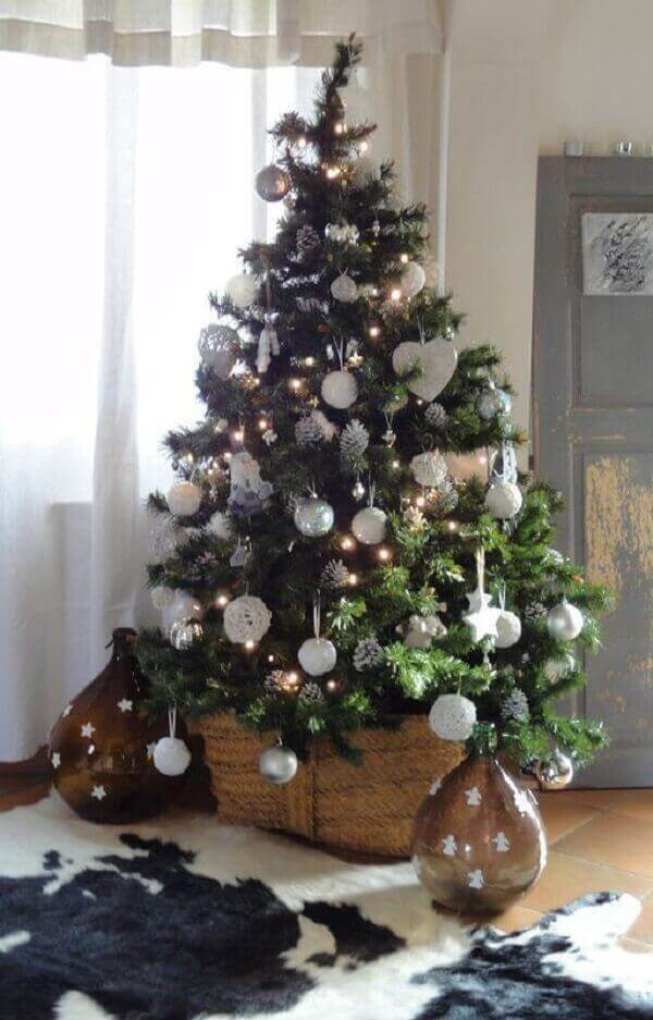 Sophisticated Christmas tree